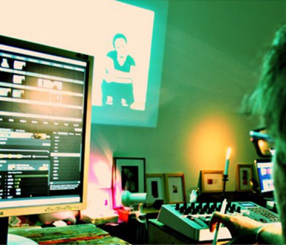 Post-production of a Vjing performance by Julien Tatham